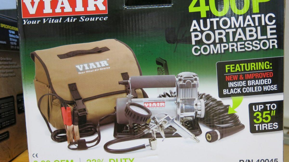 viair transportabler kompressor 400 p automatik 12 v in tragetasche mit zubeh r adventure. Black Bedroom Furniture Sets. Home Design Ideas